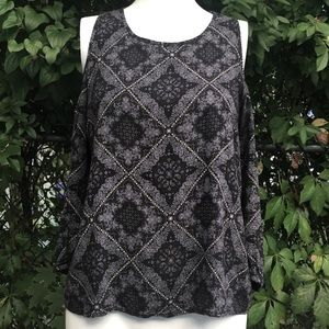 Stitch Fix PaperMoon Cold Shoulder Top No Tag